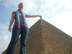Nicole visiting the Pyramids in Cairo